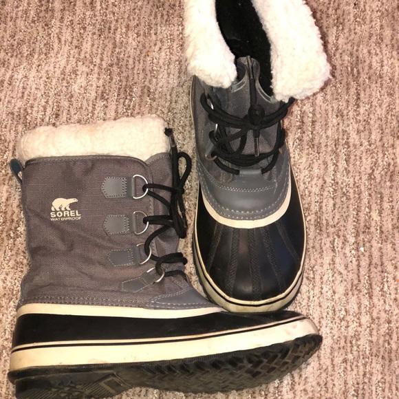 """3d0e6418c3f Women's Sorel """"Winter Carnival"""" Boot 9.5. M_5b85f5be81bbc8b7f56a91cc"""